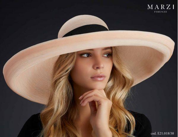 large hat spring summer marzi model