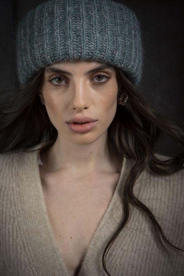 beanie marzi hand knitted winter model